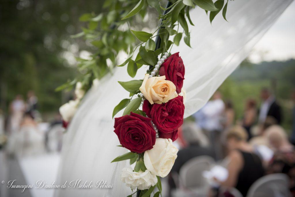 allestimento arco cerimonia civile wedding planner torino matrimonio